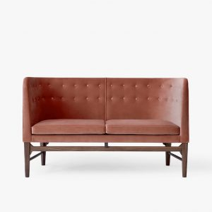 AJ6 Mayor Sofa - Andtradition - Kampagne