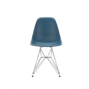 DSR Eames plastic chair