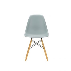 DSW Eames plastic chair