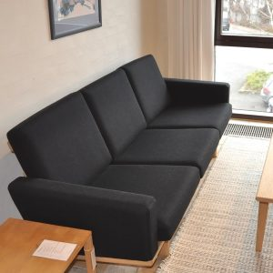 GE236 3-personers sofa - Hans J. Wegner - Udstillingsmodel