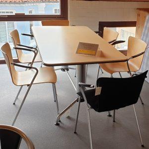 Magistretti Bord inkl. 6 stole - Fritz Hansen - Udstillingsmodel