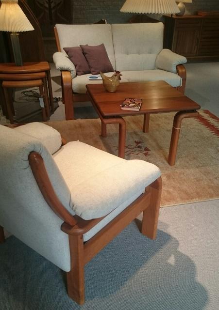 Sofa og stol teak - Udstillingsmodel