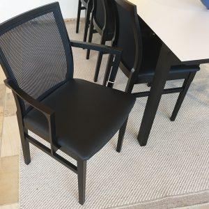 Tom Stepp Spisebord med 7 stk Net-up stole - udstillingsmodel