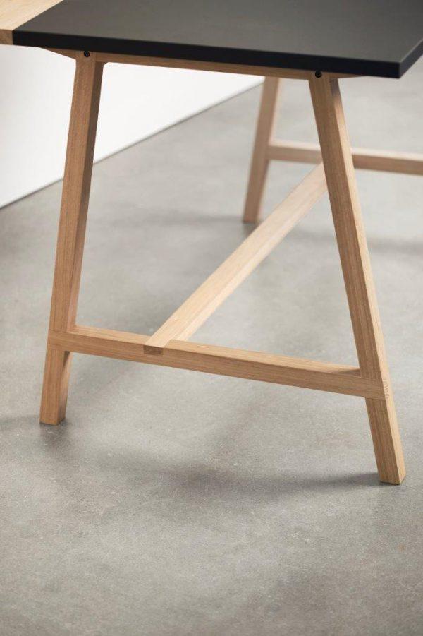 Andersen - D1 Skrivebord i eg med linolium plade - Kampagne