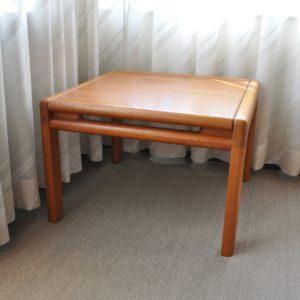 hjørnebord - komfort - udstillingsmodel