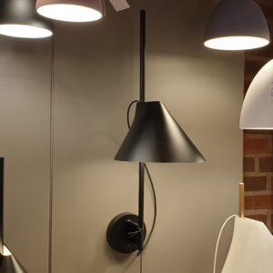 YUH Væglampe sort - Louis Poulsen - Udstillingsmodel