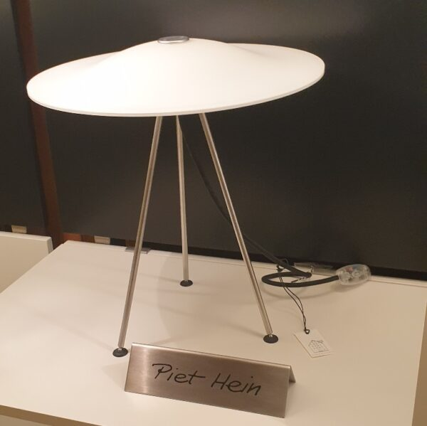 Sinus 330 Bordlampe - Piet Hein - Udstillingsmodel
